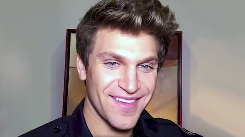 Pretty Little Liars - Keegan Talks Spoby, Music, And Chin Dimples From Set! - Thumb