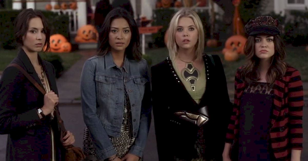 Pretty Little Liars - Brave Our 13 Favorite Moments From The Season 3 Halloween Special - 1002