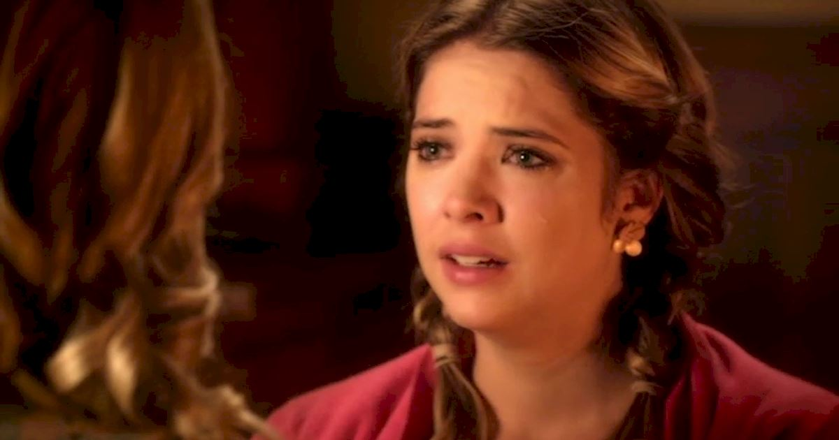 Pretty Little Liars - There Were So Many Love Triangles In Season Four We Can't Keep Up!  - 1013