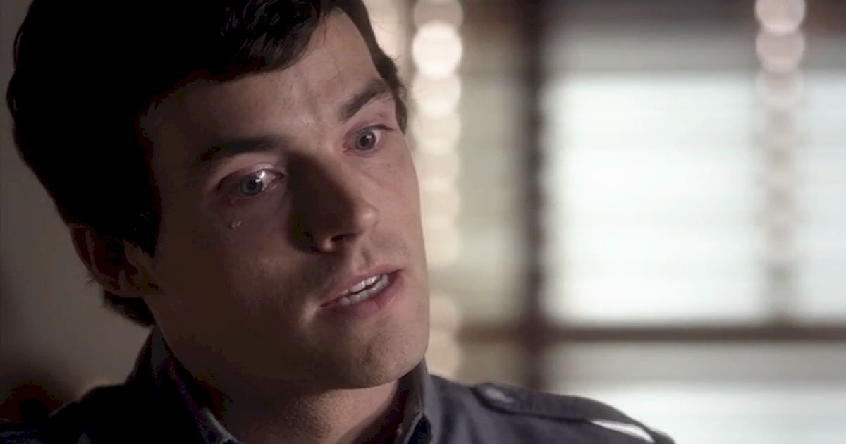 Pretty Little Liars - 13 Times We Were All Left Totally Broken Hearted By Ezra - 1005