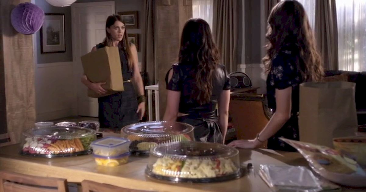 Pretty Little Liars - Become The Ultimate Party Planner With These Helpful Tips Straight From The Liars! - 1002