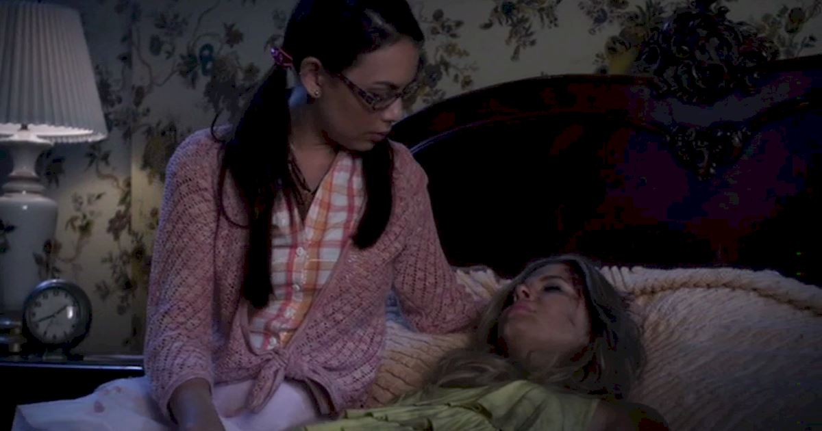 Pretty Little Liars - Vote For Your Favorite Moment From Season 4 Of PLL! - 1013