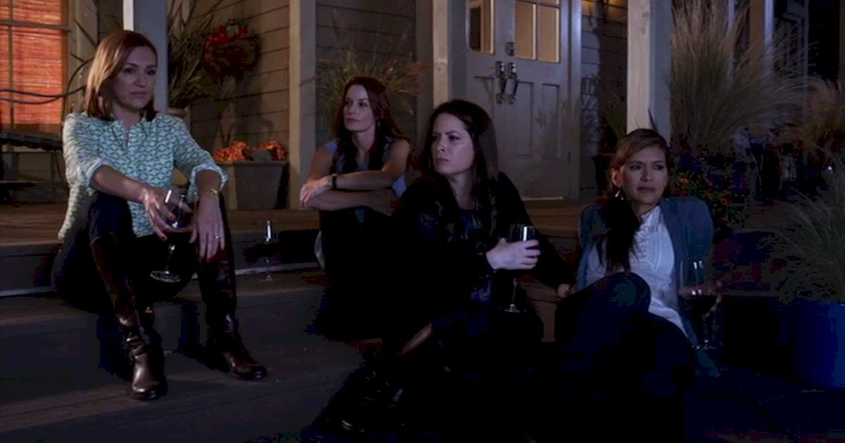 Pretty Little Liars - 15 Reasons Why We LOVE The PLL Moms! - 1009
