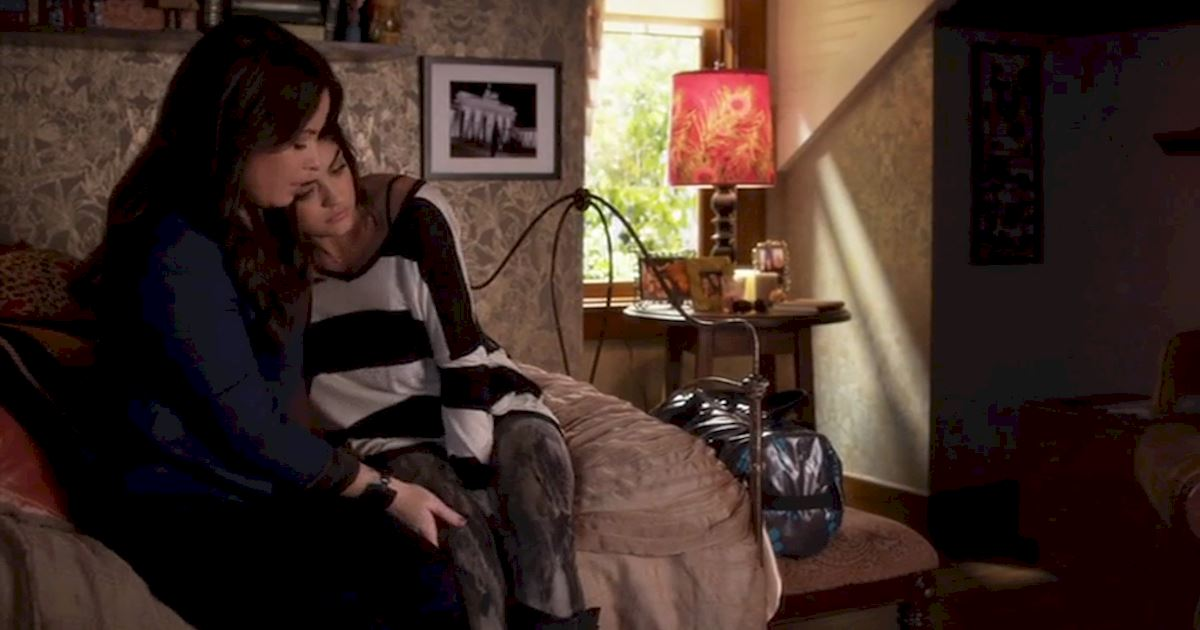 Pretty Little Liars - 15 Reasons Why We LOVE The PLL Moms! - 1012
