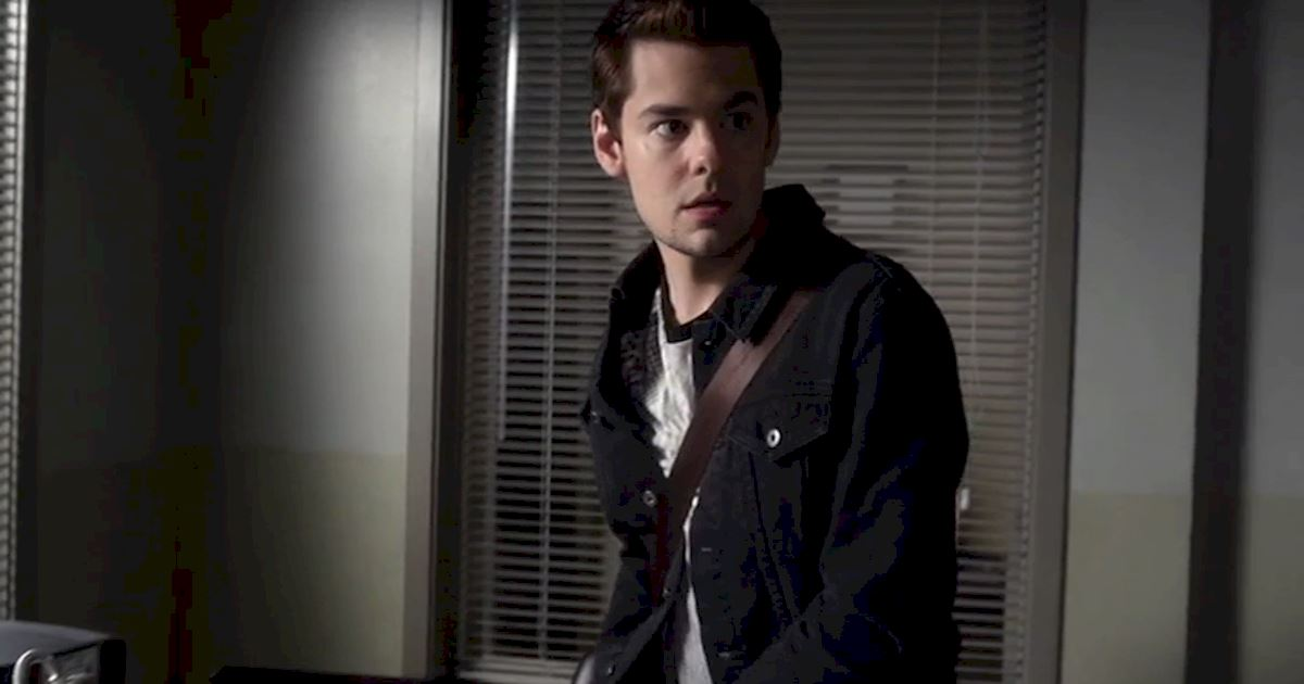 Pretty Little Liars - Remember Lucas Gottesman's Spectacular Return To Rosewood High? - 1012