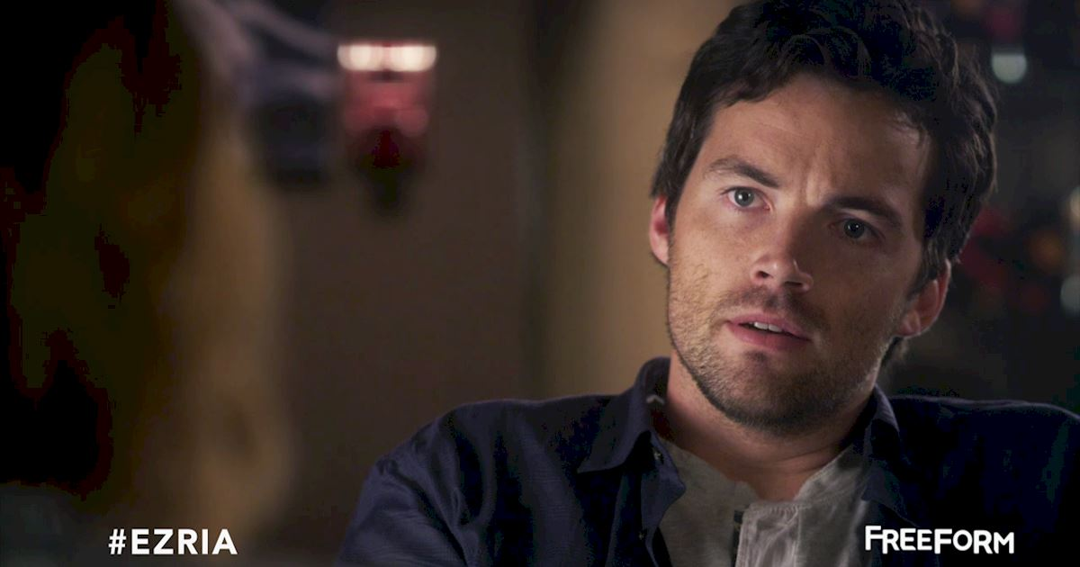 Pretty Little Liars - Missing Ezria? Check Out This Heart-Wrenching Video!  - 1002