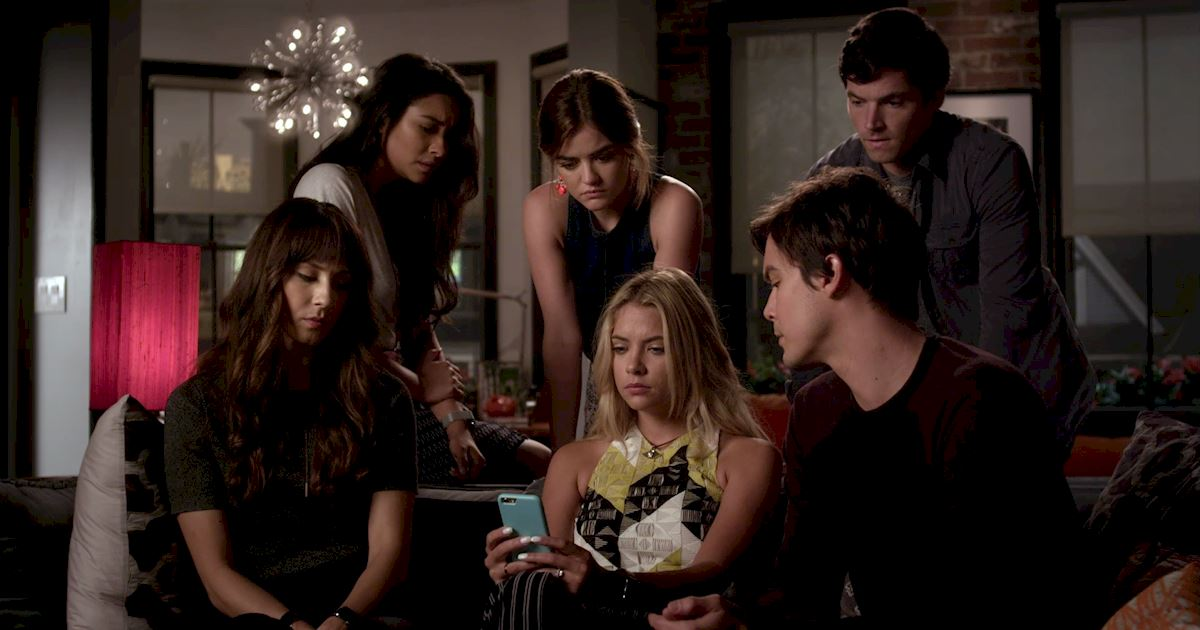 Pretty Little Liars - Just Where Did We Leave The Liars In Season 6? Catch Up Now! - 1026