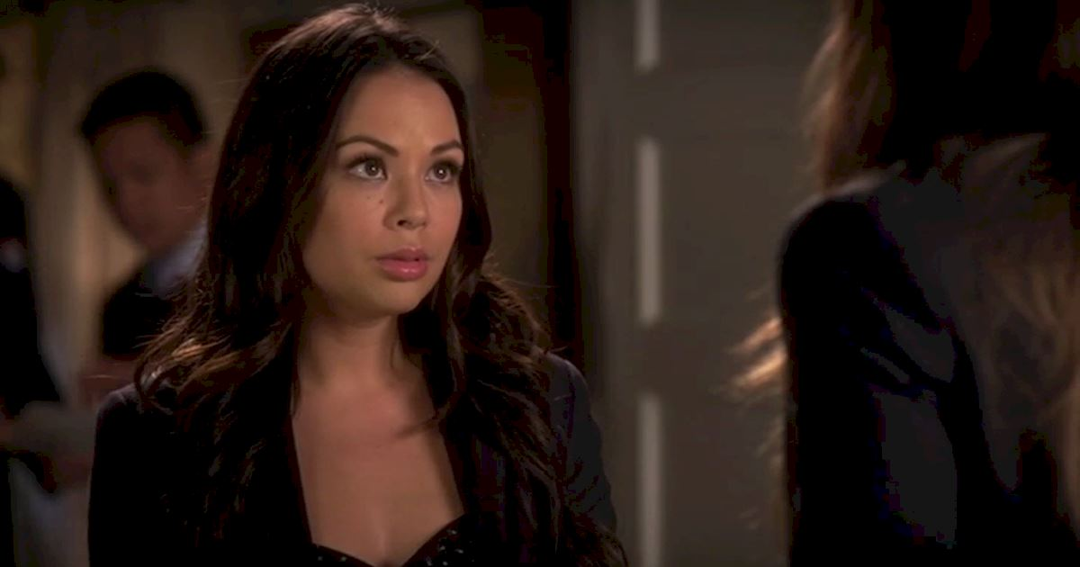 Pretty Little Liars - 13 Times We Couldn't Decide If We Loved Or Hated Mona - 1014