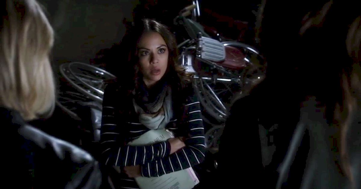 Pretty Little Liars - 13 Times We Couldn't Decide If We Loved Or Hated Mona - 1004