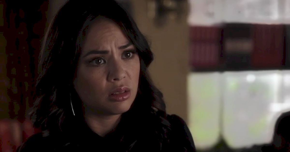 Pretty Little Liars - 13 Times We Couldn't Decide If We Loved Or Hated Mona - 1003