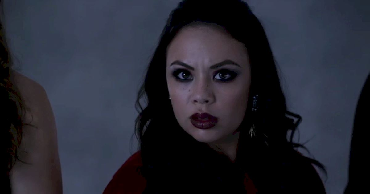 Pretty Little Liars - 13 Times We Couldn't Decide If We Loved Or Hated Mona - 1009