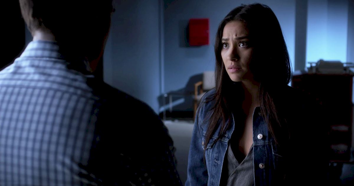 Pretty Little Liars - You Won't BELIEVE What Is Happening To Alison In This Exclusive Sneak Peek! - 1003