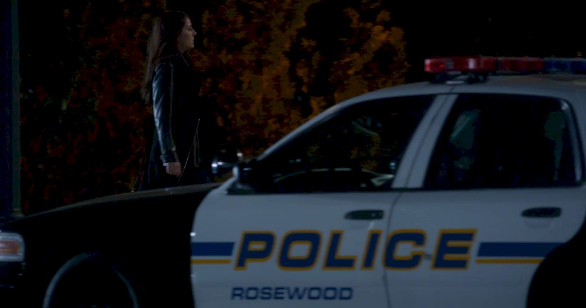 Pretty Little Liars - Find Out Why Caleb Is Freaking Out In This Season 7 Premiere Sneak Peek! - 1002