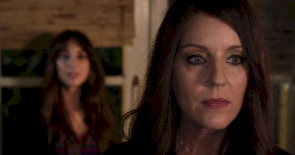 Pretty Little Liars - Spencer Gets An Unexpected Visitor In This Season 7 Premiere Sneak Peek! - 1004