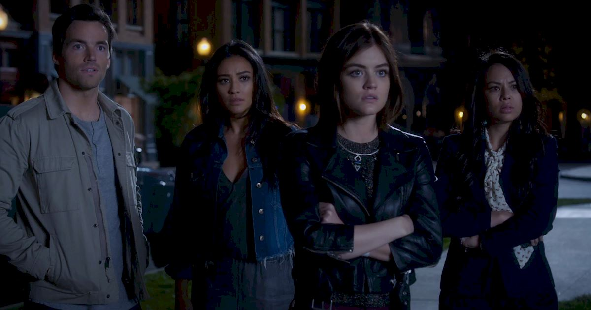 Pretty Little Liars - Find Out Why Caleb Is Freaking Out In This Season 7 Premiere Sneak Peek! - 1003