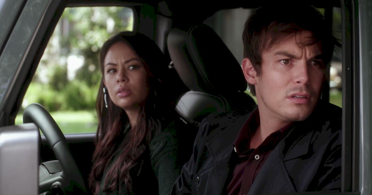 Pretty Little Liars - Your Official Recap for Season 7 Episode 1: Tick-Tock Bitches - 1007