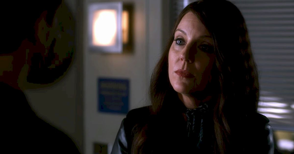 Pretty Little Liars - 21 Things We All Learned From The Chilling Season 7 Premiere! - 1002