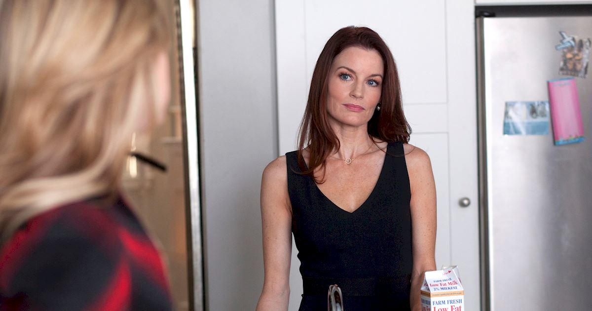 Pretty Little Liars - Happy Birthday Laura Leighton! - 1003