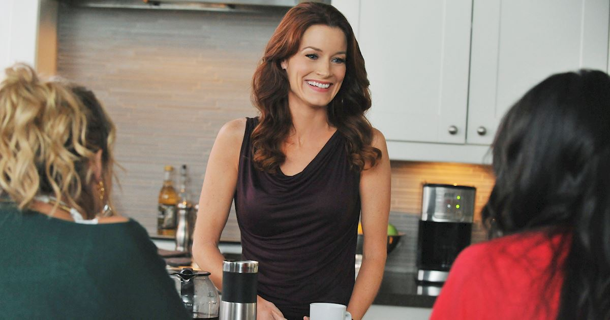 Pretty Little Liars - Happy Birthday Laura Leighton! - 1002