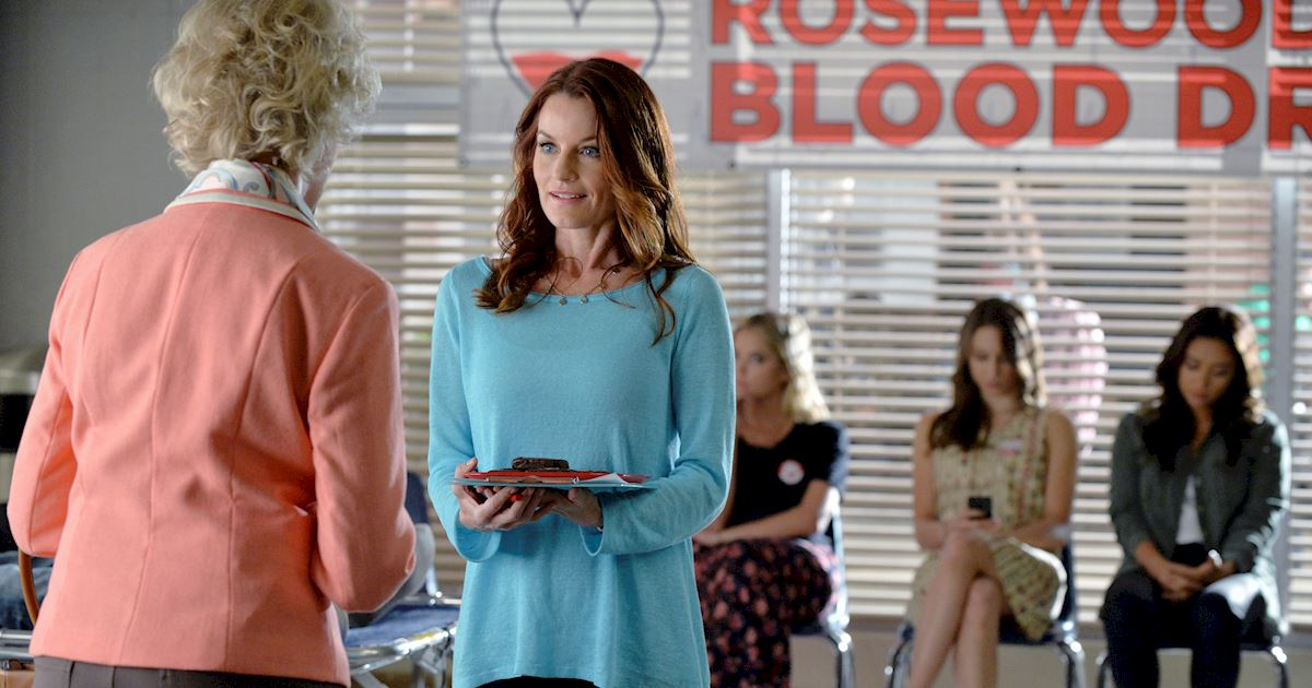 Pretty Little Liars - Happy Birthday Laura Leighton! - 1004
