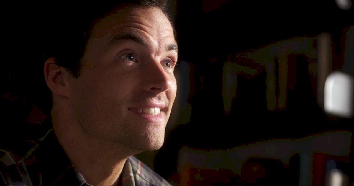 Pretty Little Liars - Episode 2 Sneak Peek: The Ultimate Ezra And Liam Showdown! - 1006
