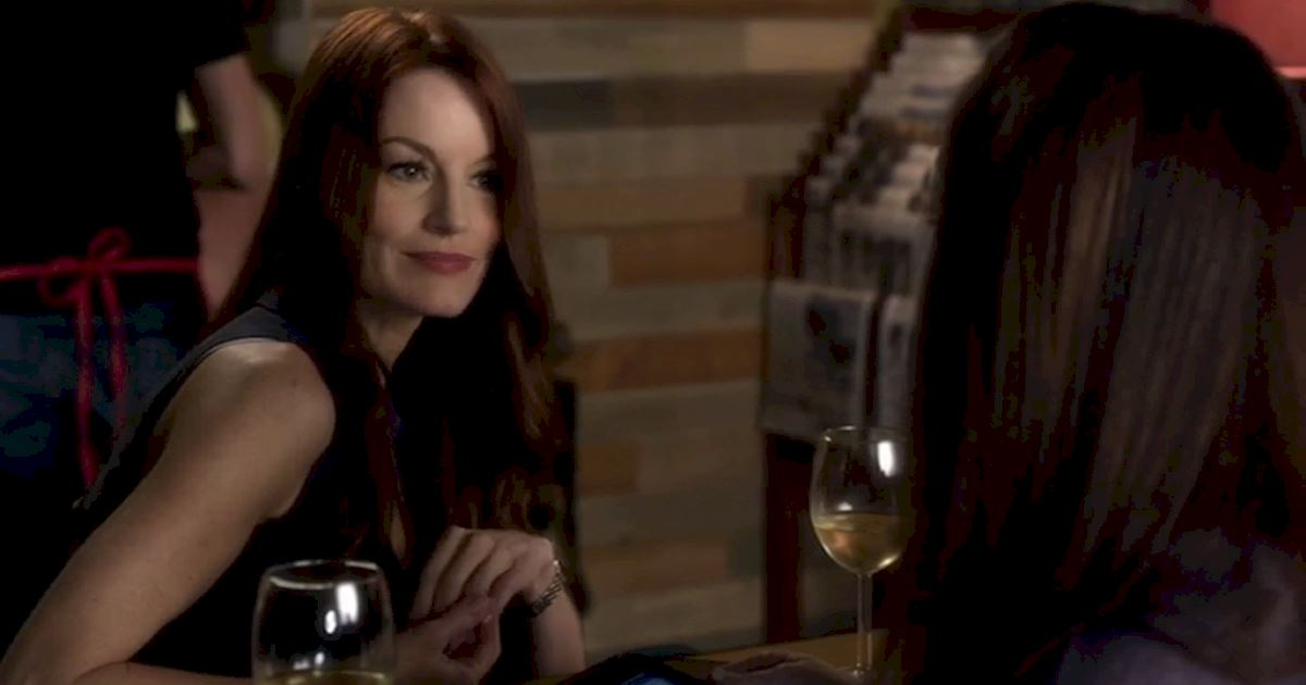 Pretty Little Liars - Happy Birthday Laura Leighton! - 1011