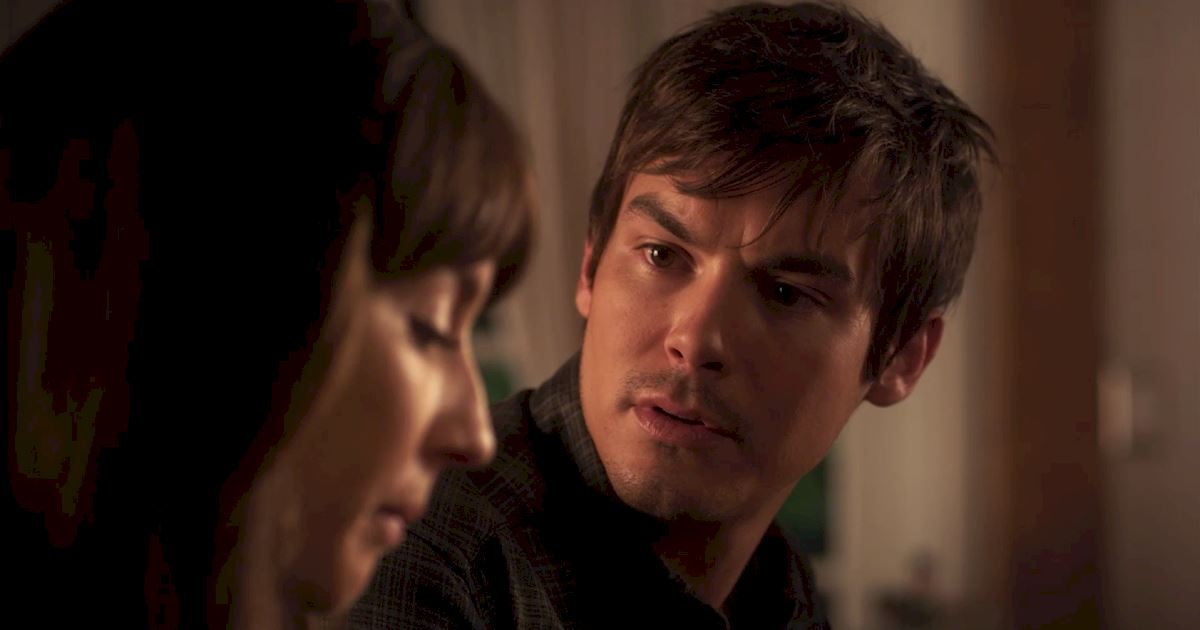 Pretty Little Liars - The 20 Major Things We Learned In Bedlam! - 1019