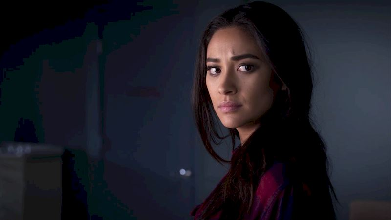 Pretty Little Liars - So You've Seen Episode 2 But Just How Closely Did You Watch?! - Thumb