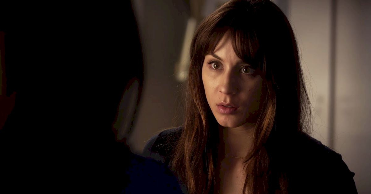 Pretty Little Liars - The 20 Major Things We Learned In Bedlam! - 1004