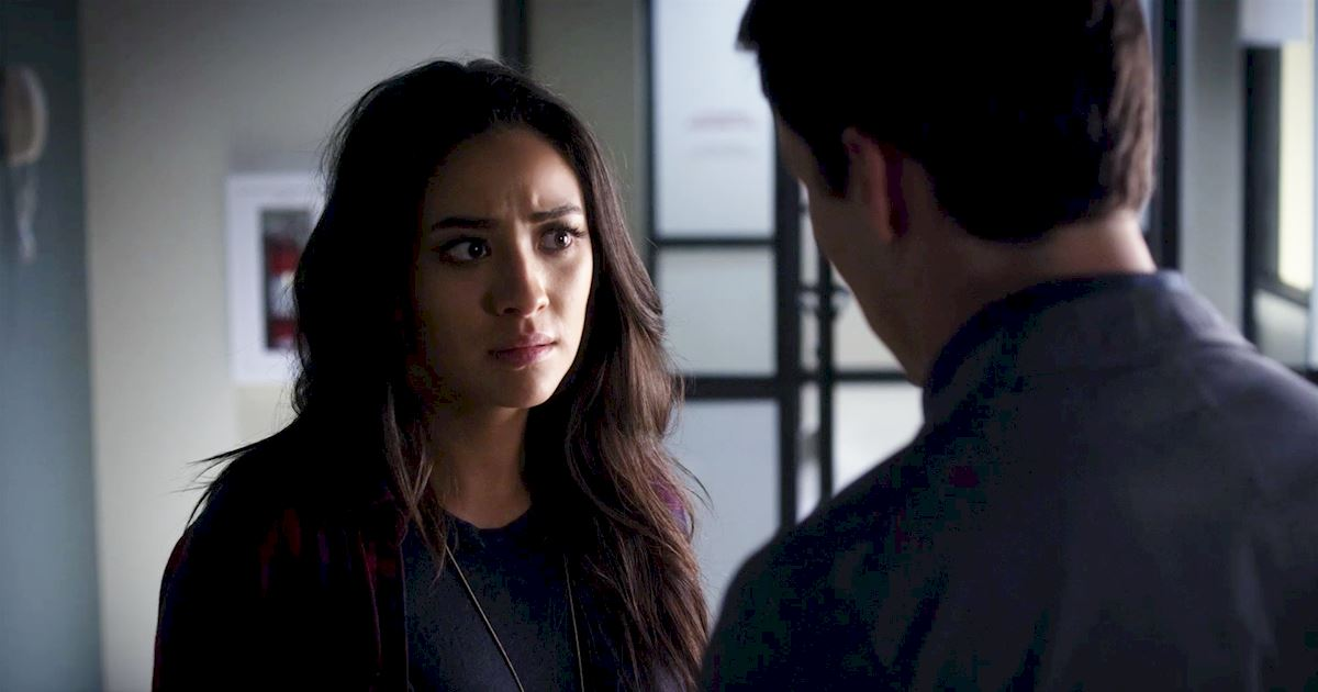 Pretty Little Liars - Your Official Recap for Season 7 Episode 2: Bedlam - 1003