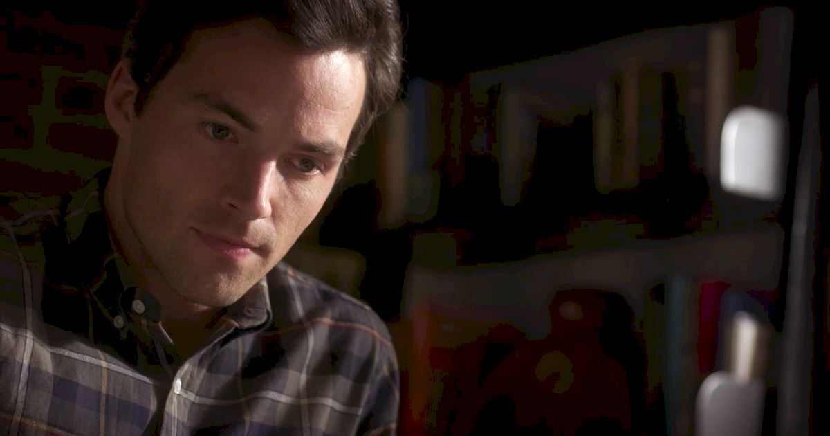 Pretty Little Liars - 14 Things You Might Have Missed In Bedlam! - 1008