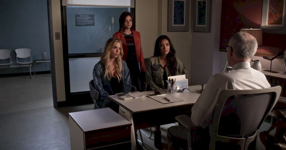 Pretty Little Liars - You Wouldn't Want To Mess With The Liars After Seeing This Episode 3 Sneak Peek! - 1002