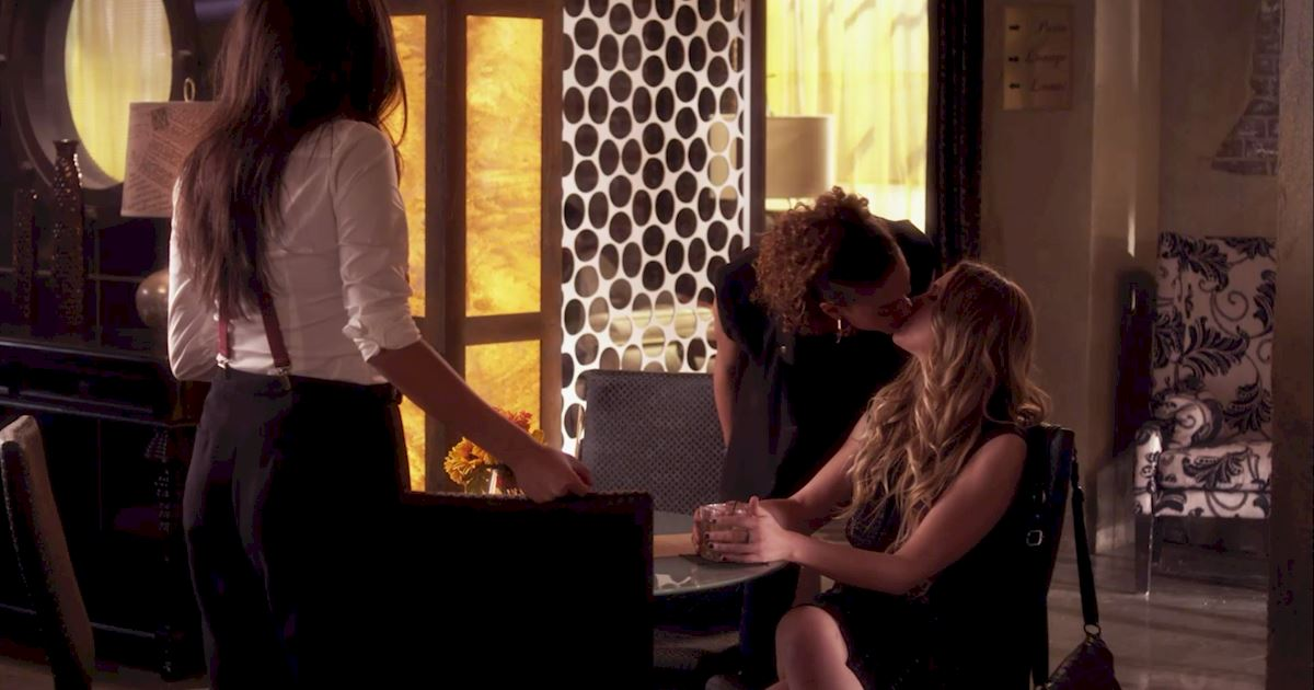 Pretty Little Liars - 25 Shocking Things We Learned From Episode 3 Of PLL! - 1016