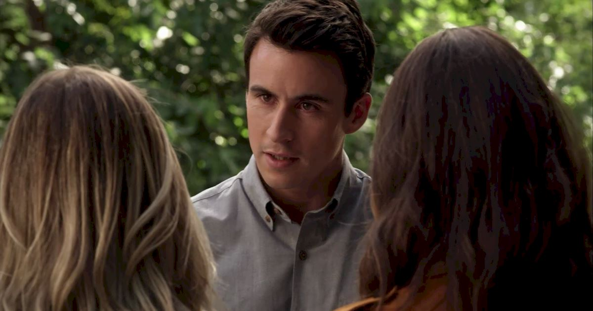 Pretty Little Liars - 25 Shocking Things We Learned From Episode 3 Of PLL! - 1014