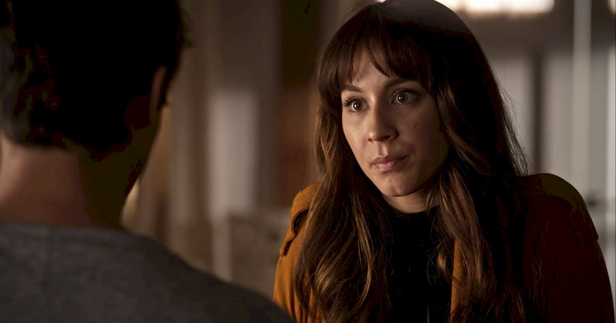 Pretty Little Liars - 25 Shocking Things We Learned From Episode 3 Of PLL! - 1010