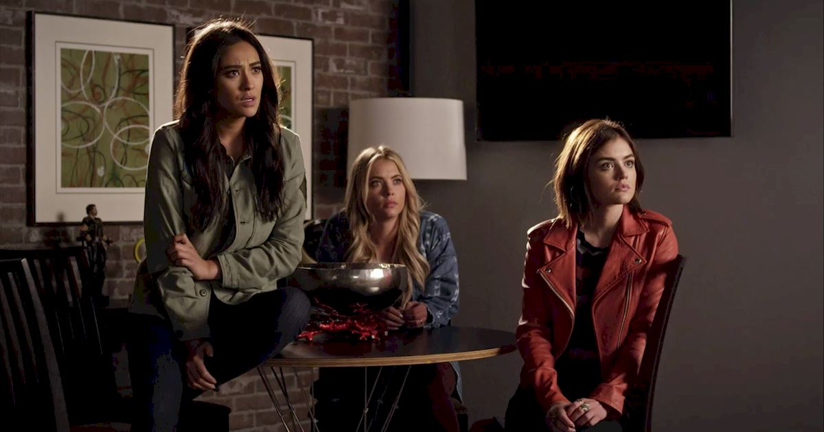 Pretty Little Liars - 25 Shocking Things We Learned From Episode 3 Of PLL! - 1011