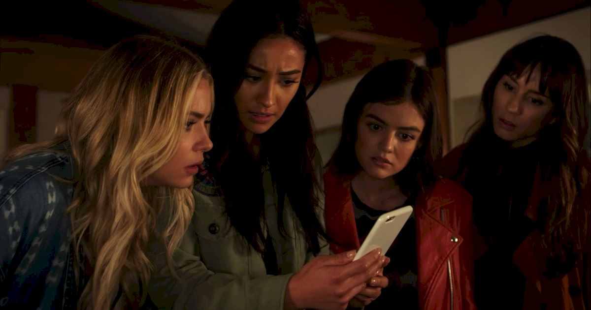 Pretty Little Liars - 25 Shocking Things We Learned From Episode 3 Of PLL! - 1023