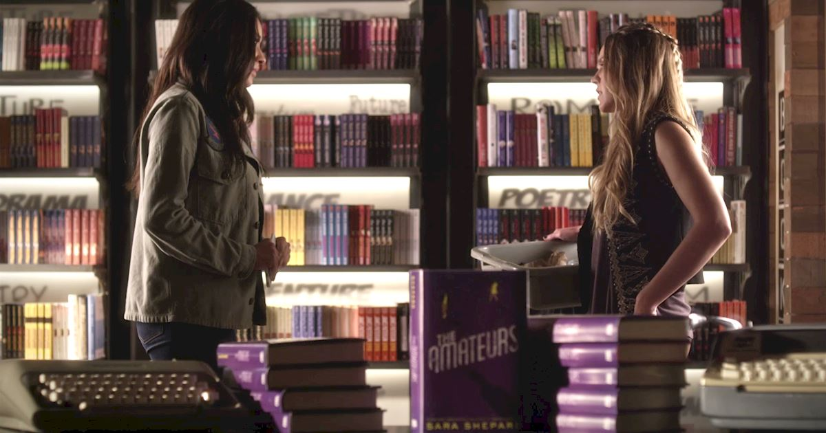 Pretty Little Liars - You NEED To Read This List Of The 15 Crazy Things That Happened In This Week's PLL! - 1005