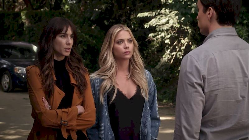 Pretty Little Liars - 14 Things You Do When You Secretly Hate Your Best Friend's Partner! - Thumb