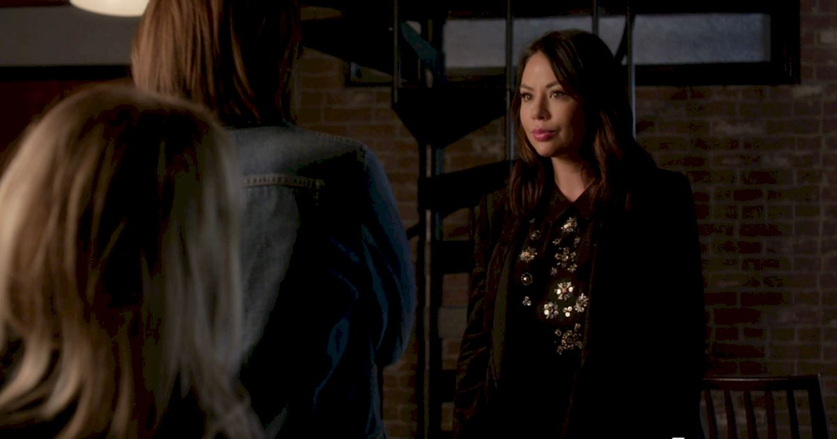 Pretty Little Liars - OMG! Find Out Who's Back In The New Promo! - 1007