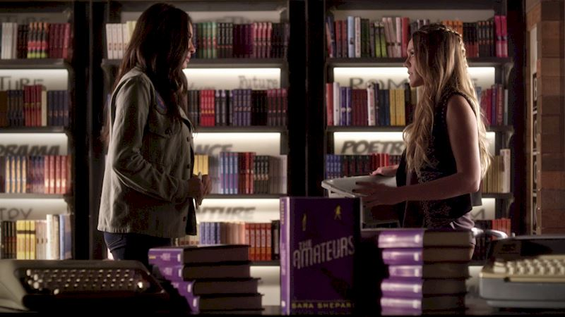 Pretty Little Liars - Did You Spot Sara Shepard's Amazing New Book In Episode 3 Of PLL? - Up Next Thumb