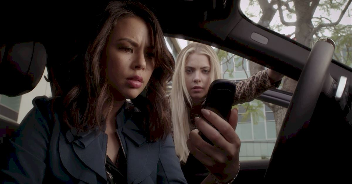 Pretty Little Liars - 20 Crazy Things We Learned In Episode 4 Of PLL!  - 1020