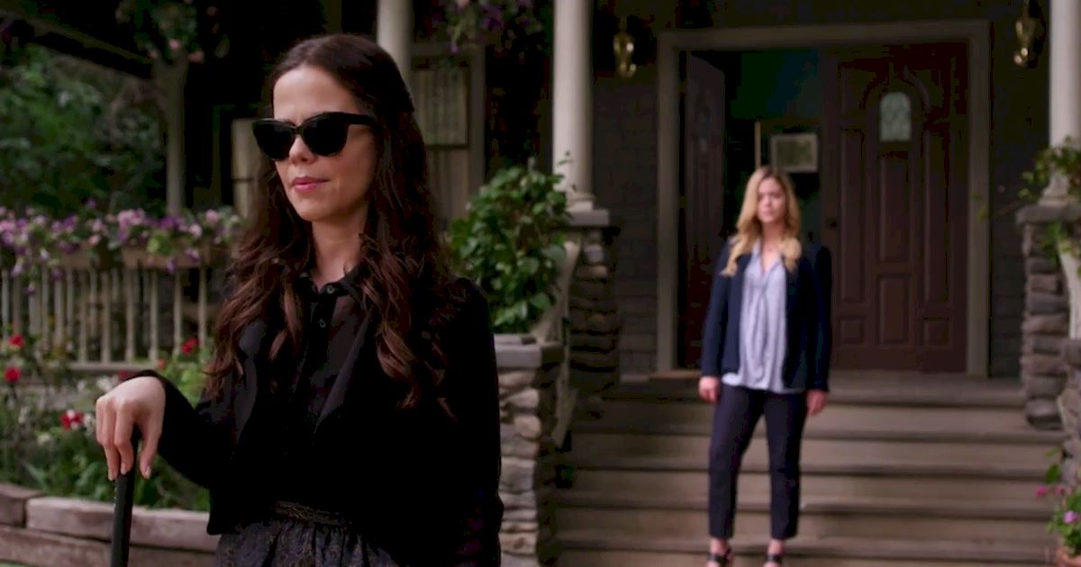 Pretty Little Liars - Ready To Find Out Who Pops The Question?! Check Out This Brand New Promo! - 1004