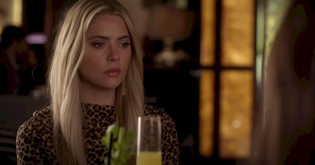 Pretty Little Liars - 16 Things You Might Have Missed In Episode 4!  - 1013
