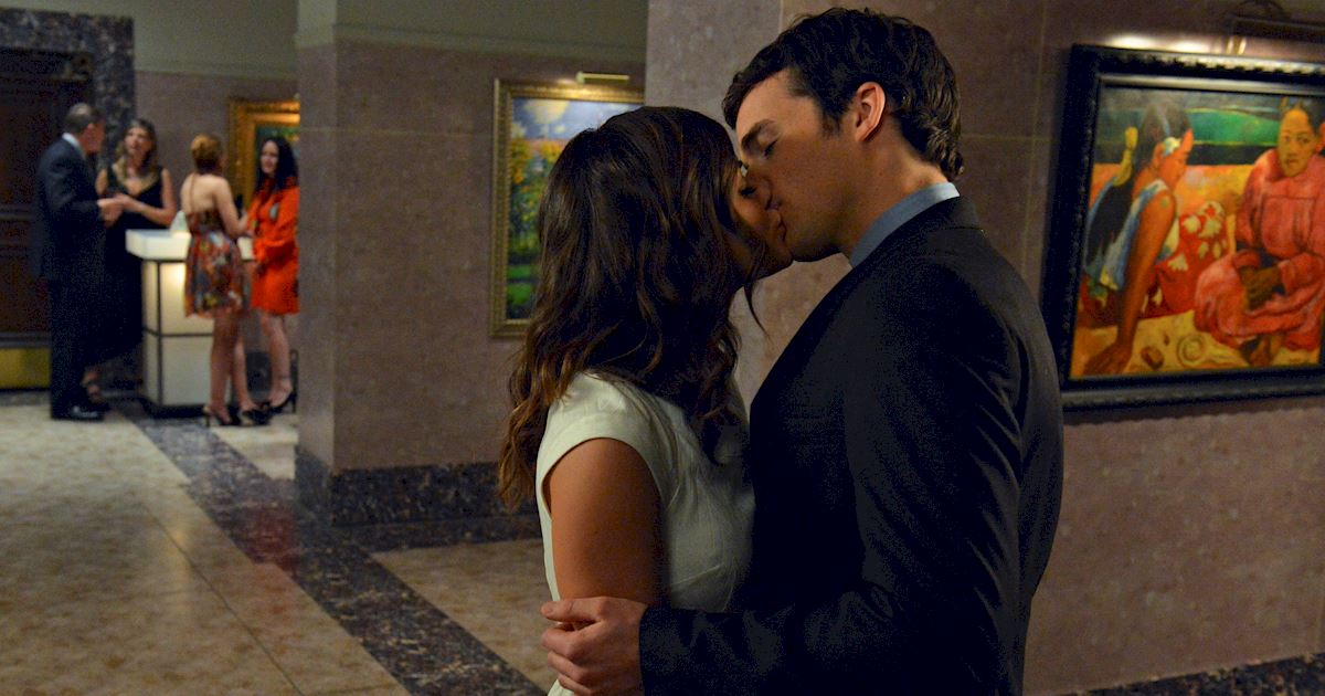 Pretty Little Liars - OMG! We've Waited Six Years For This Ezria Proposal, Get All The Details Right Here!  - 1010