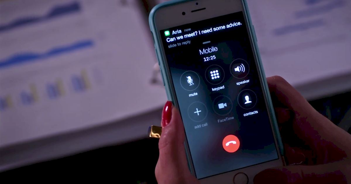 Pretty Little Liars - Surely Elliott Didn't Really Just Call Hanna From Beyond The Grave?!  - 1005