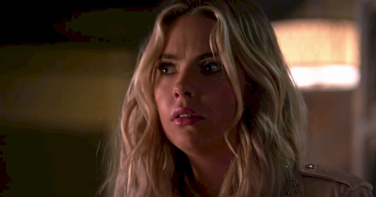 Pretty Little Liars - Surely Elliott Didn't Really Just Call Hanna From Beyond The Grave?!  - 1009