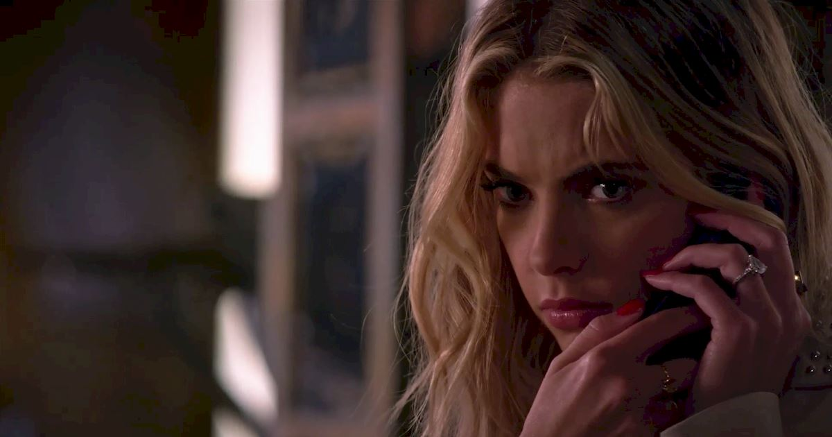 Pretty Little Liars - Surely Elliott Didn't Really Just Call Hanna From Beyond The Grave?!  - 1008