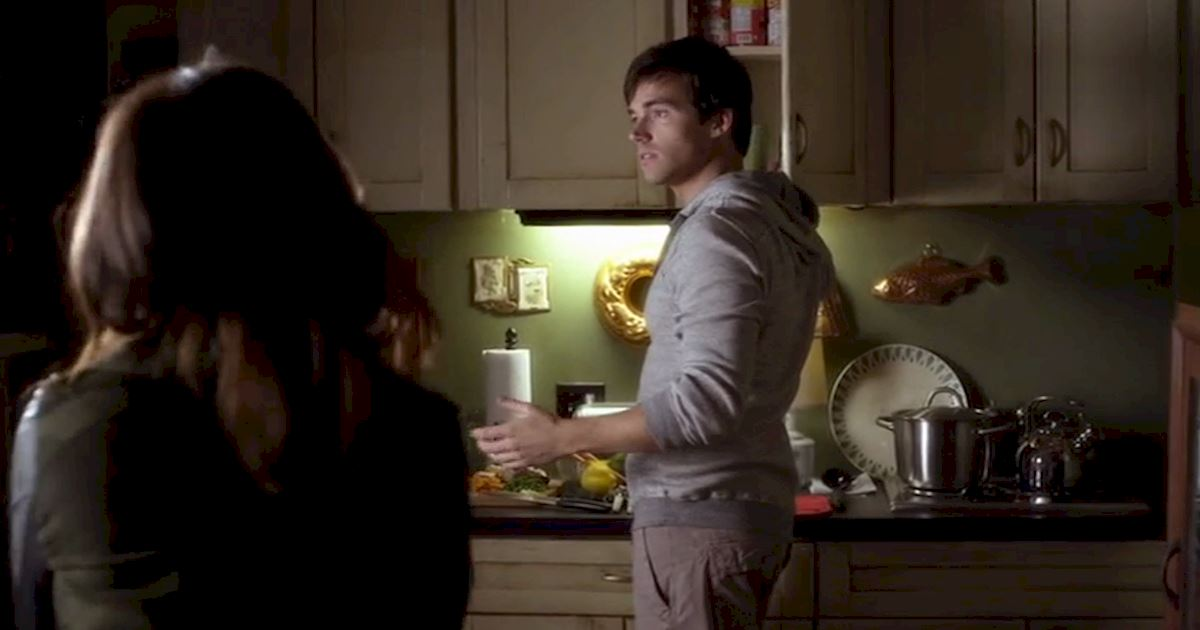 Pretty Little Liars - 22 Reasons Ezra Would Make The Perfect Husband! - 1009