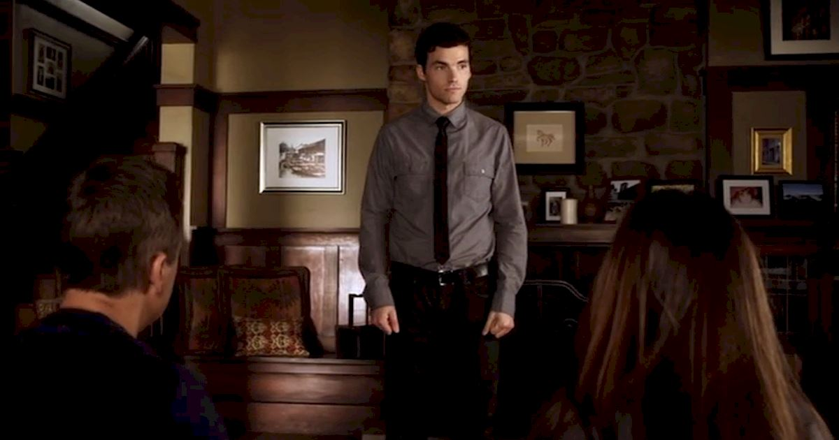 Pretty Little Liars - 22 Reasons Ezra Would Make The Perfect Husband! - 1019